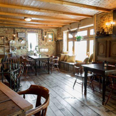 bovenzaal-nostalgie-broccante-feest-huren-bar-zaal-mareveld-3